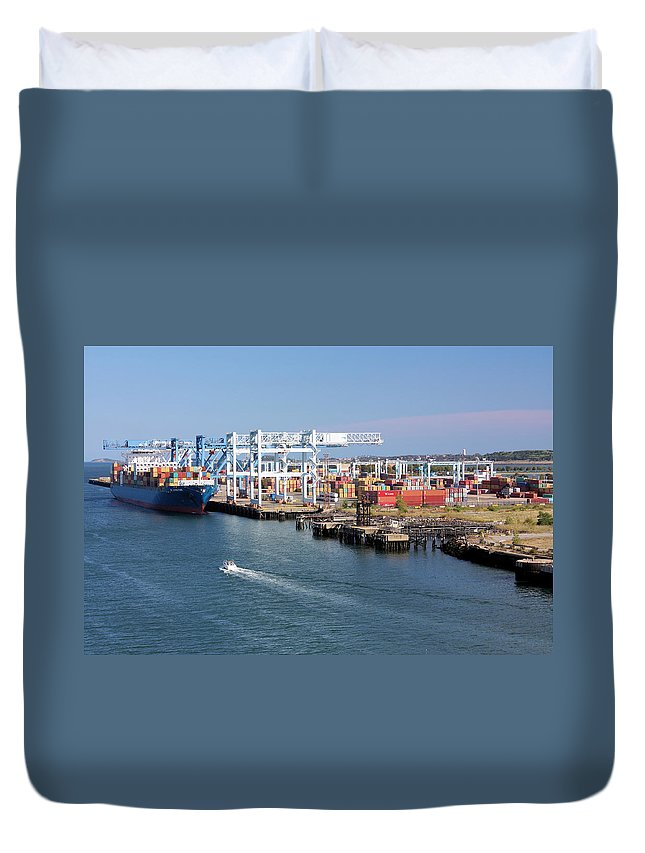 Boston Duvet Cover featuring the photograph Big Load by Kristin Elmquist