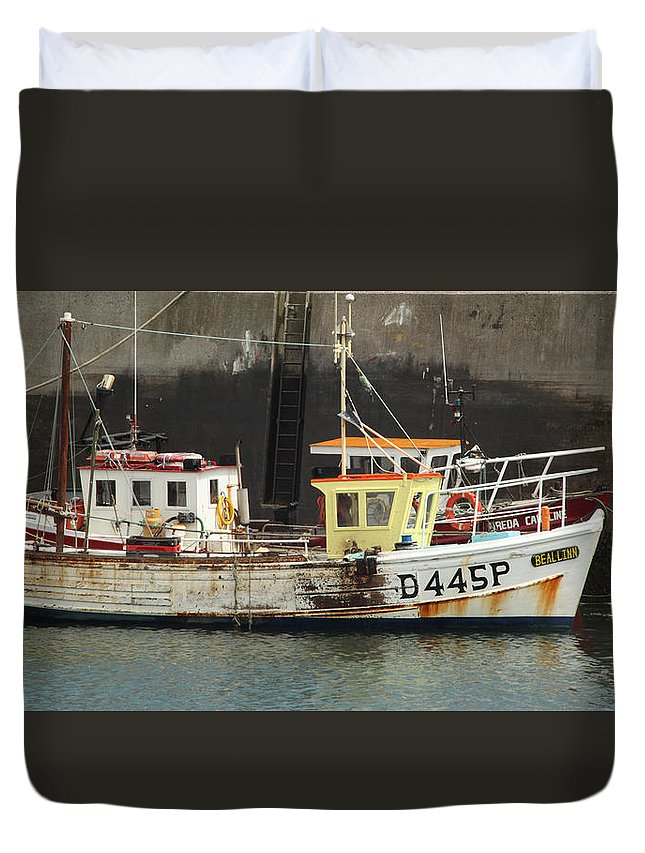 Nautical Duvet Cover featuring the photograph Boat 0002 by Carol Ann Thomas