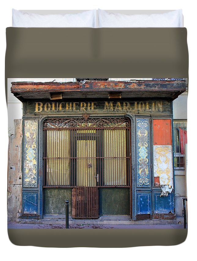 Paris Duvet Cover featuring the photograph Boucherie Marjolin by Andrew Fare