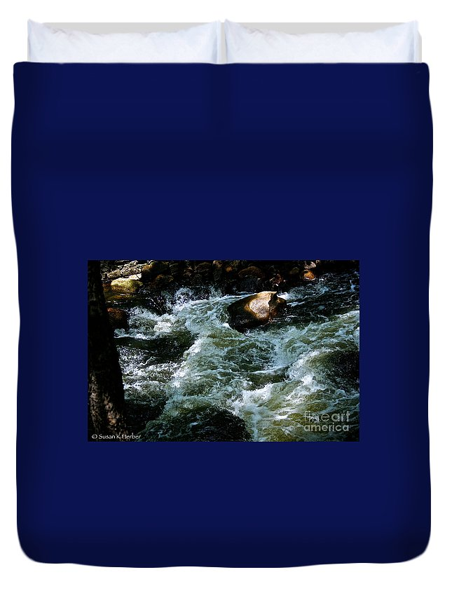 Outdoors Duvet Cover featuring the photograph Boulder Rising by Susan Herber