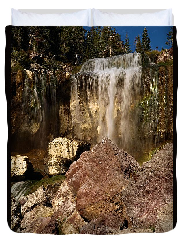Paulina Falls Duvet Cover featuring the photograph Boulders Under The Falls by Adam Jewell