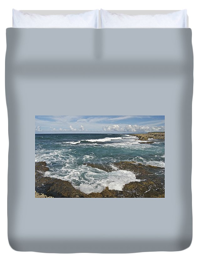 Abstract Duvet Cover featuring the photograph Breaking Waves 7919 by Michael Peychich