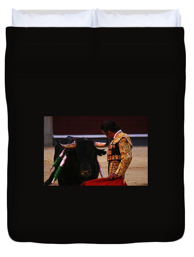 Bullfight Duvet Cover featuring the photograph Bullfight Madrid by Benjamin Dahl