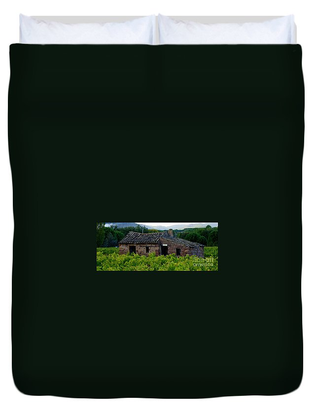 Cabanon Duvet Cover featuring the photograph Cabanon by Lainie Wrightson