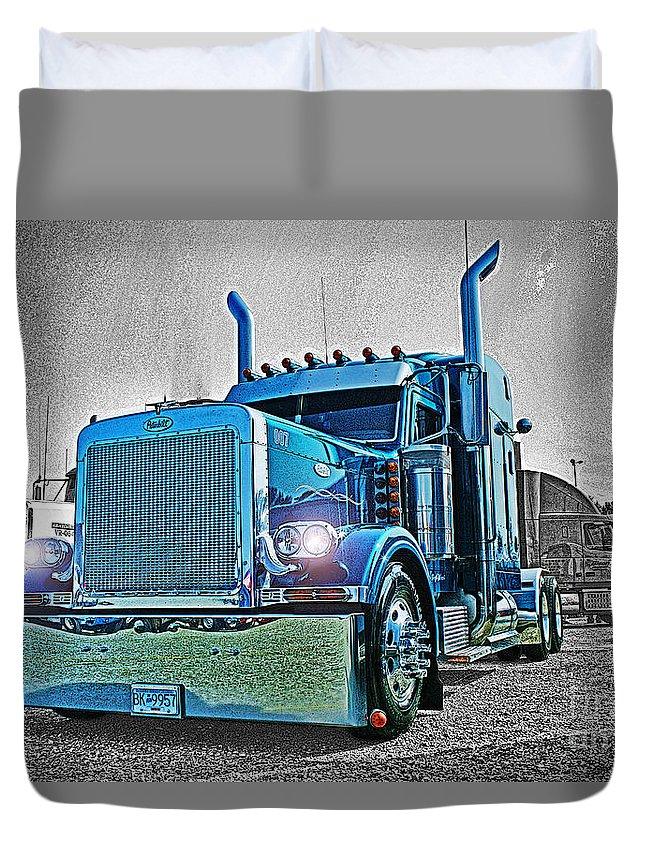 Trucks Duvet Cover featuring the photograph Catr0298-12 by Randy Harris