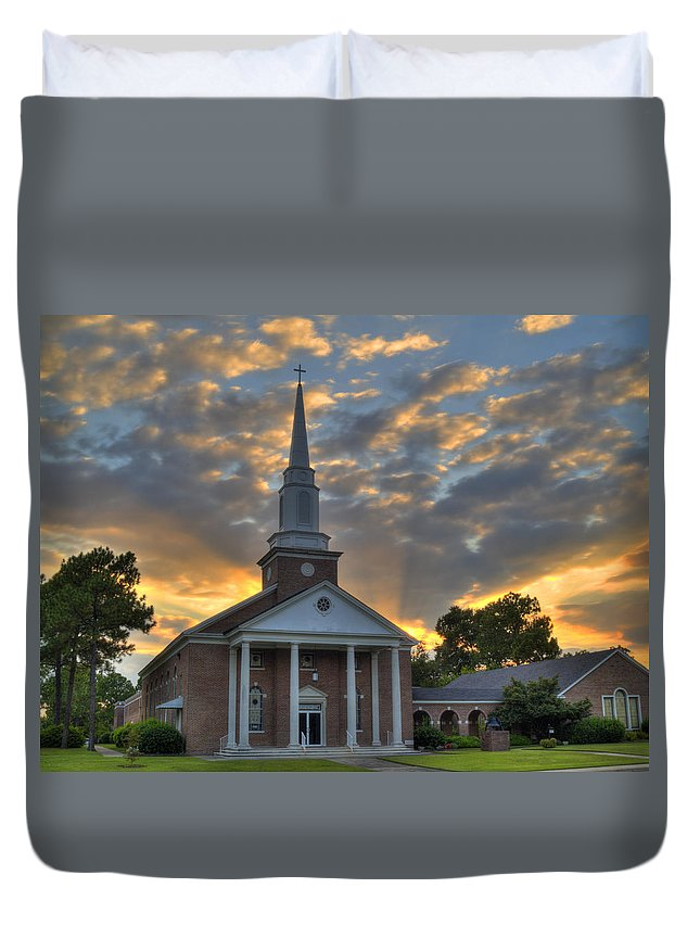 Church Duvet Cover featuring the photograph Cayce Umc-1 by Charles Hite