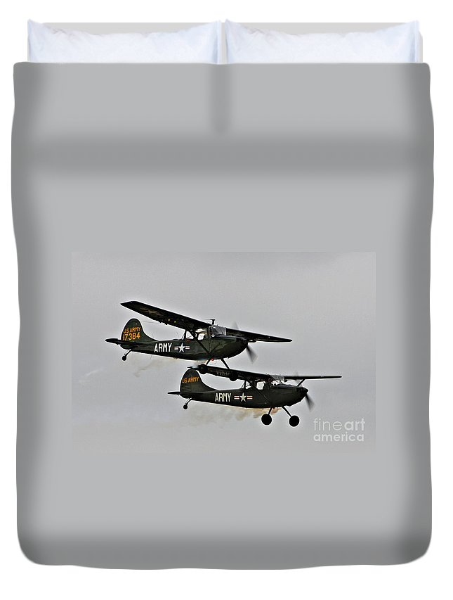 Cessna Duvet Cover featuring the photograph Cessna Bird Dog O-1el-19 by Tommy Anderson