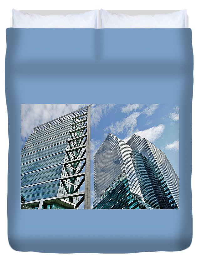 Downtown Duvet Cover featuring the photograph Chicago - City Of Big Shoulders by Christine Till