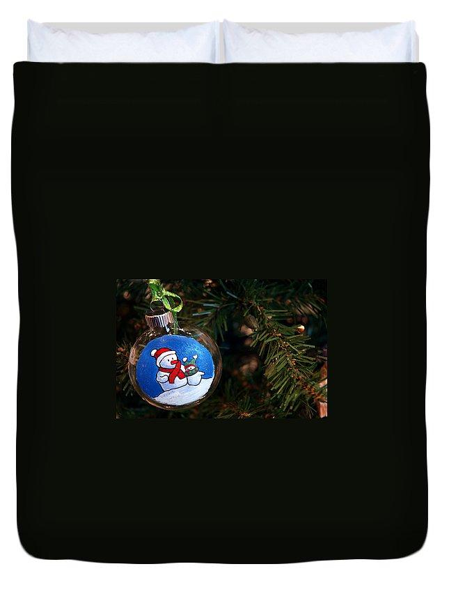 Usa Duvet Cover featuring the photograph Christmas Ornament by LeeAnn McLaneGoetz McLaneGoetzStudioLLCcom