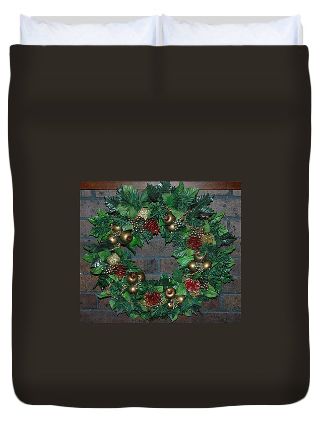 Christmas Duvet Cover featuring the photograph Christmas Wreath by LeeAnn McLaneGoetz McLaneGoetzStudioLLCcom