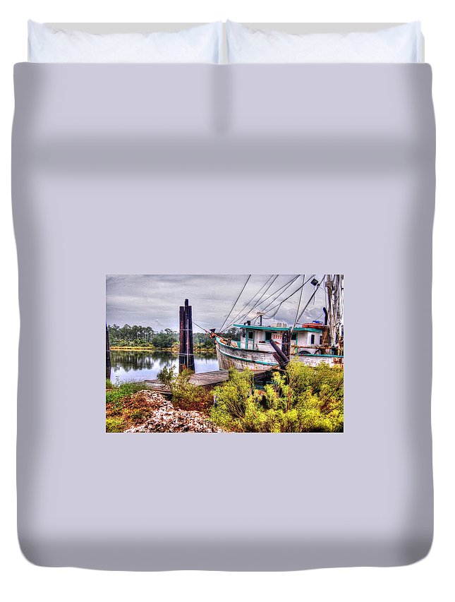 Alabama Photographer Duvet Cover featuring the digital art Christy Lynn At Harbor by Michael Thomas