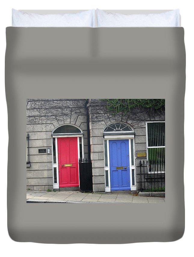 Dublin Duvet Cover featuring the photograph City 0015 by Carol Ann Thomas