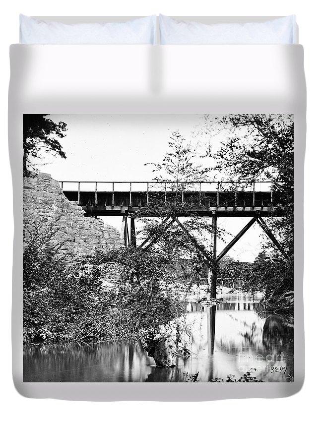 1865 Duvet Cover featuring the photograph Civil War: Foot Bridge by Granger