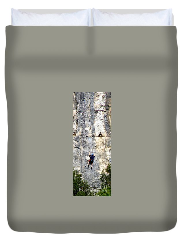 Rock Climbing Duvet Cover featuring the photograph Climbing High by Lainie Wrightson