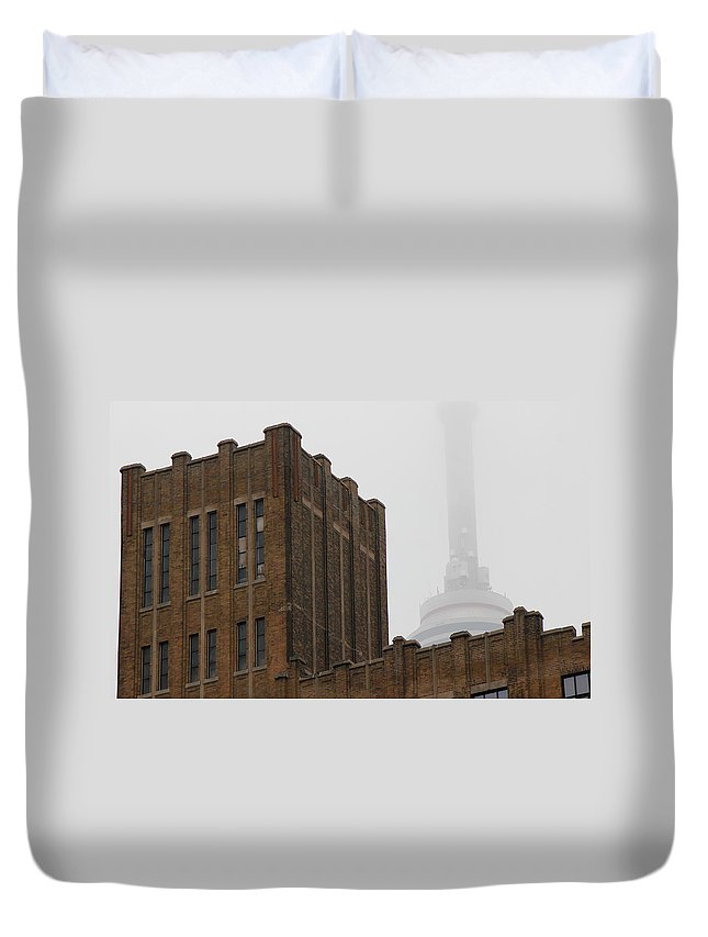 Toronto Duvet Cover featuring the photograph Cn Tower In Fog by Andrew Fare