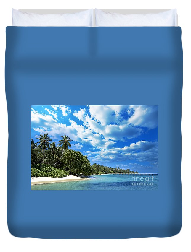 Maldives Duvet Cover featuring the photograph Coast Of Indian Ocean by MotHaiBaPhoto Prints