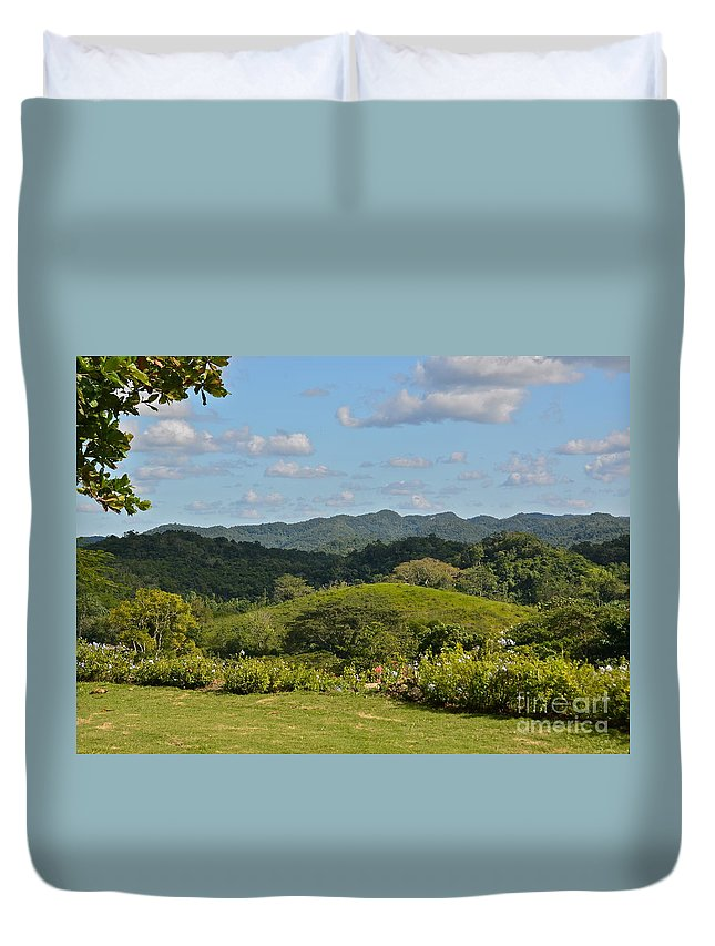 Mountains Duvet Cover featuring the photograph Cockpit Mountains by Carol Bradley