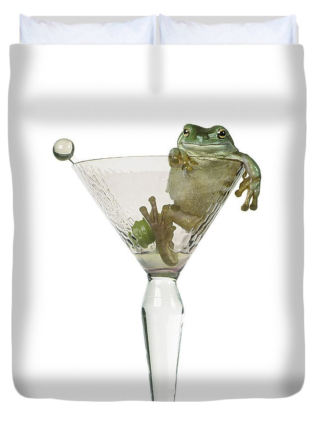 Light Duvet Cover featuring the photograph Cocktail Frog by Darwin Wiggett