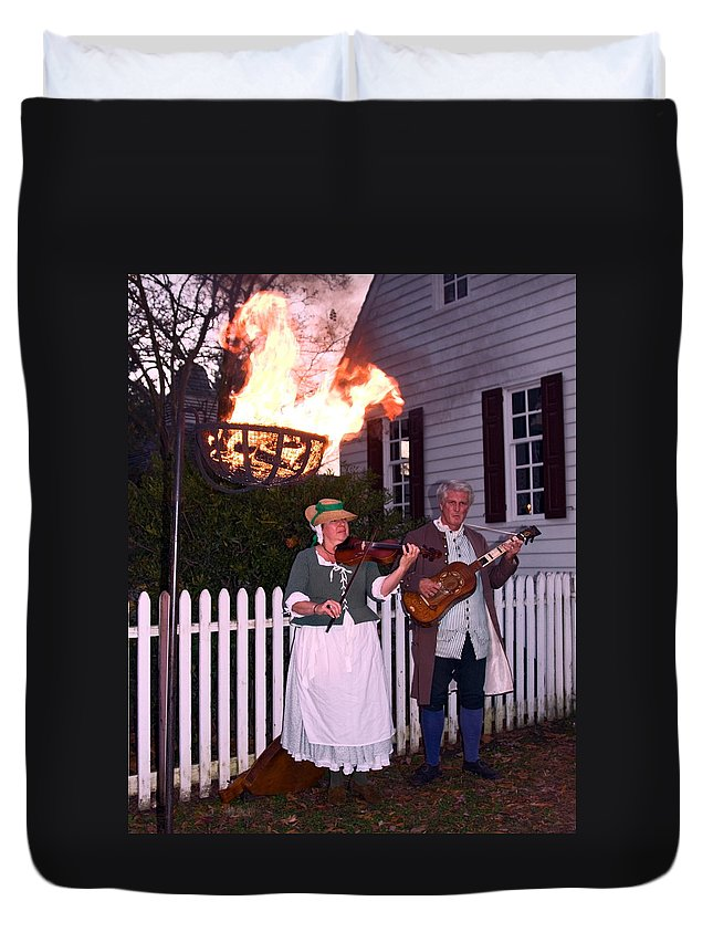 2 Musicians Playing Duvet Cover featuring the photograph Colonial Musicians By Firelight by Sally Weigand