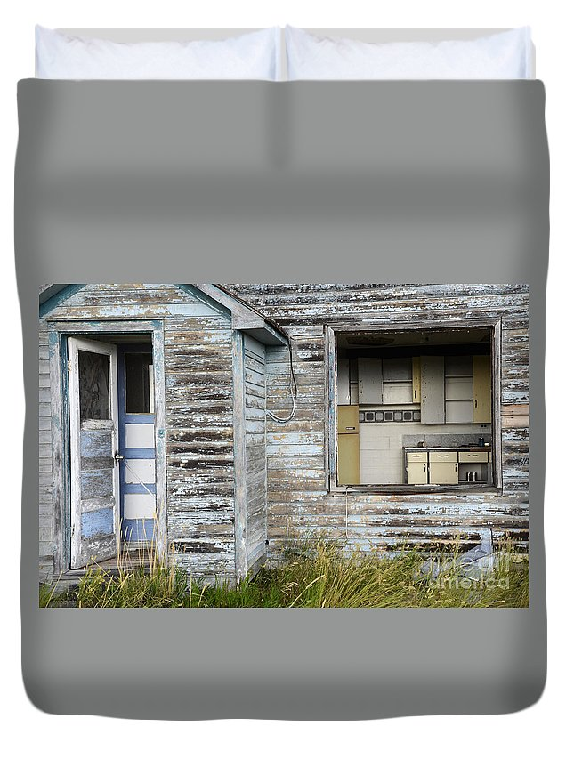 Kitchen Duvet Cover featuring the photograph Comes With An Open Kitchen by Bob Christopher