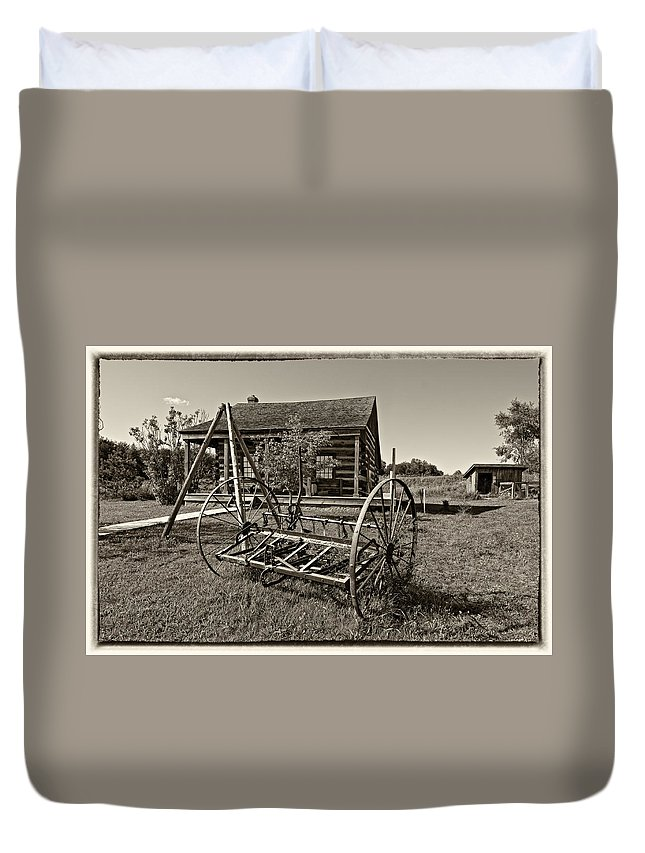 Grey Roots Museum & Archives Duvet Cover featuring the photograph Country Classic Monochrome by Steve Harrington