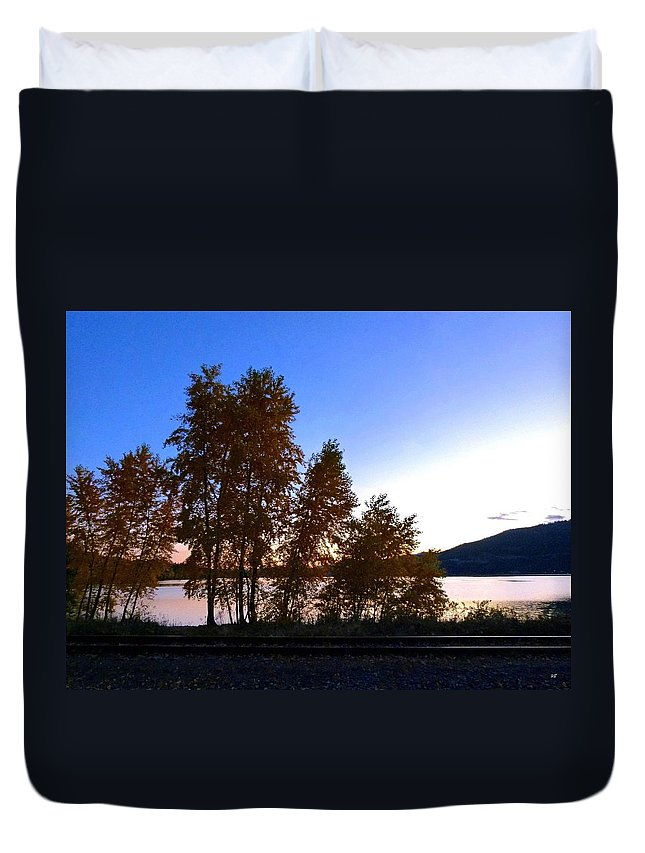 Autumn Duvet Cover featuring the photograph Country Color 16 by Will Borden