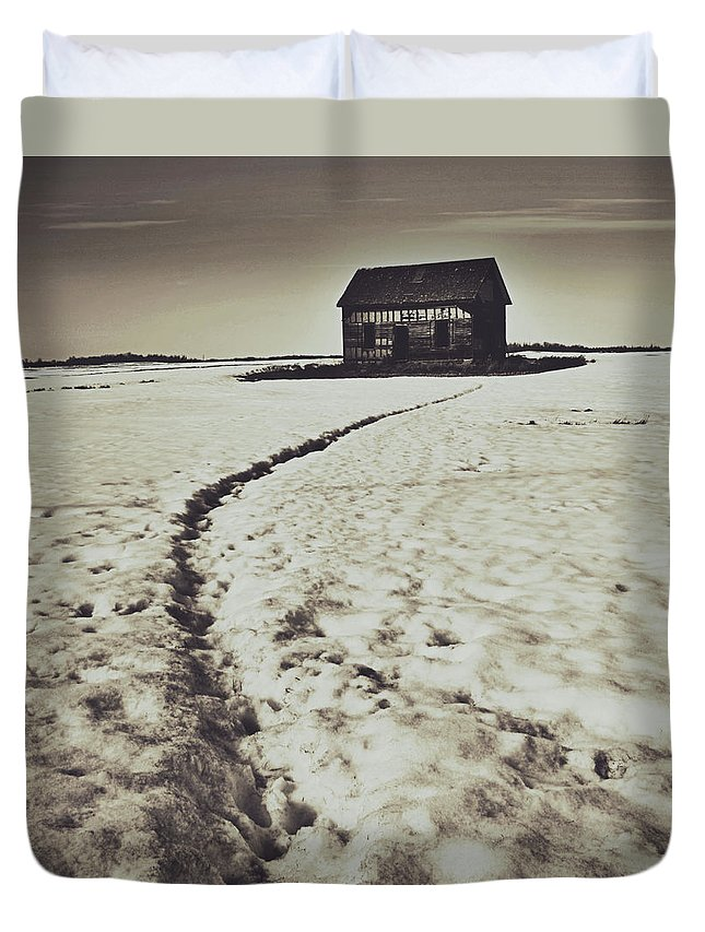 World Photographer Duvet Cover featuring the photograph Crawling Home Blues by The Artist Project