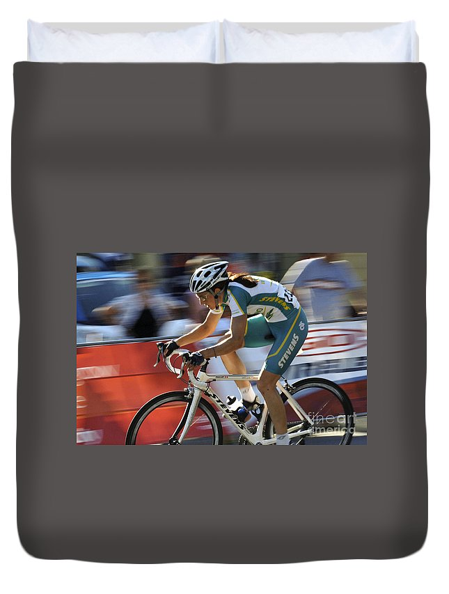 Criterium Duvet Cover featuring the photograph Criterium Bicycle Race 2 by Bob Christopher