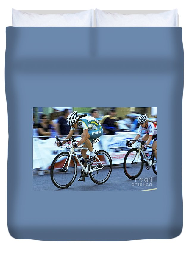 Criterium Duvet Cover featuring the photograph Criterium Bicycle Race 3 by Bob Christopher