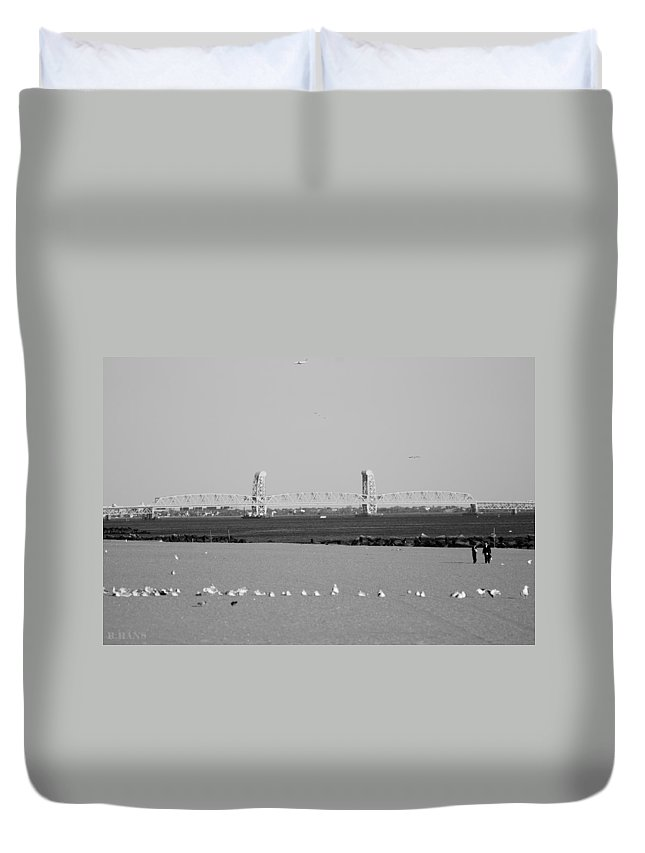 Brooklyn Duvet Cover featuring the photograph Cross Bay Bridge In Black And White by Rob Hans