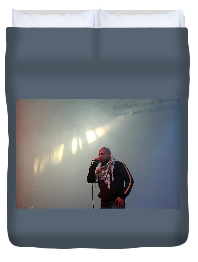 Danny Duvet Cover featuring the photograph Dany Fresh Concert by Munir Alawi