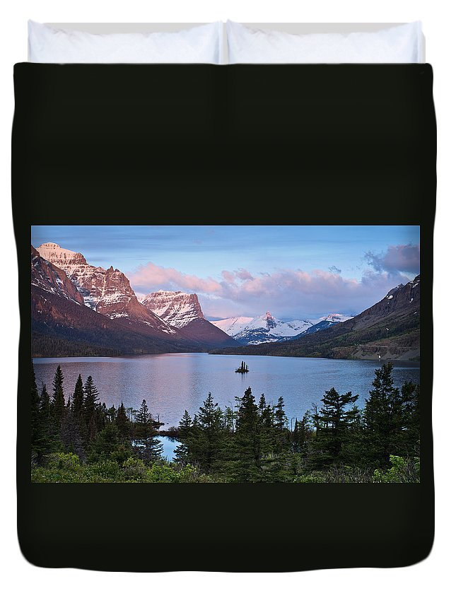 Glacier National Park Duvet Cover featuring the photograph Dawn From Wild Goose Island Overlook by Greg Nyquist