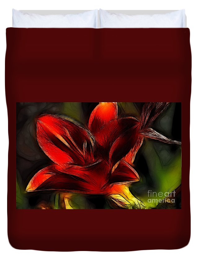 Fine Art Photography Duvet Cover featuring the photograph Day Lily Fractal by Donna Greene