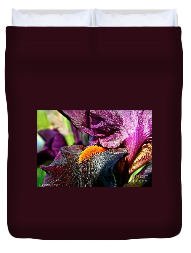 Plant Duvet Cover featuring the photograph Deep Purple by Susan Herber