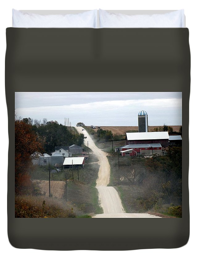 Dirt Road Duvet Cover featuring the photograph Dirty Road by Bonfire Photography