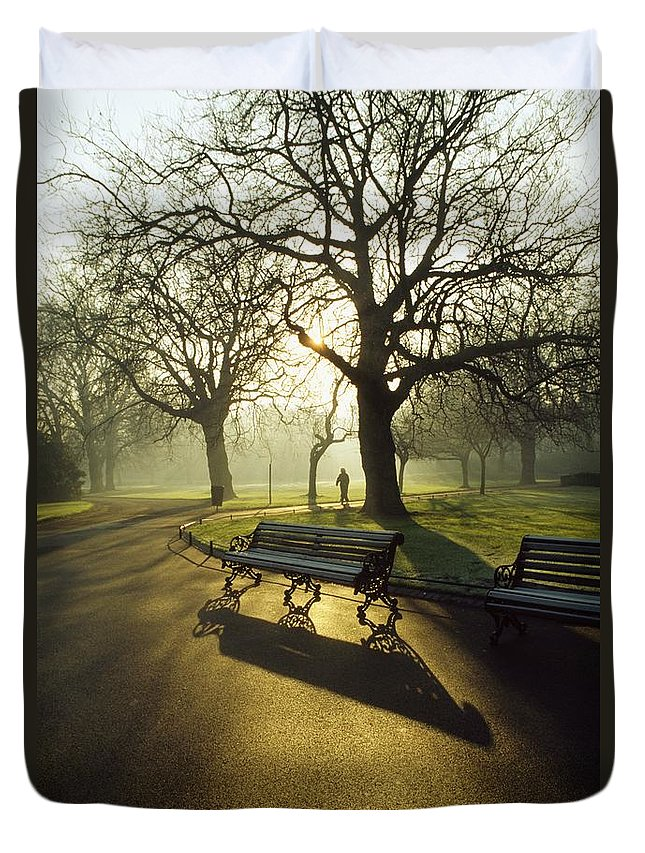 Autumn Duvet Cover featuring the photograph Dublin - Parks, St. Stephens Green by The Irish Image Collection