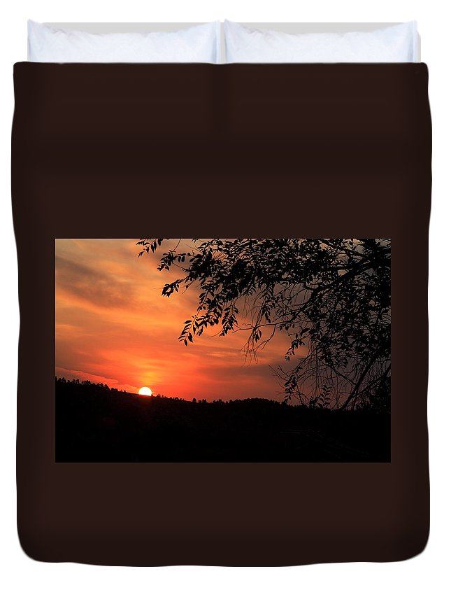 Sunrise Duvet Cover featuring the photograph Early Morning by Donald J Gray