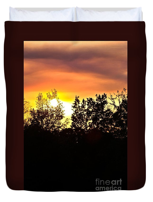 East Tx Sunset Duvet Cover featuring the photograph East Texas Sunset by Kim Henderson