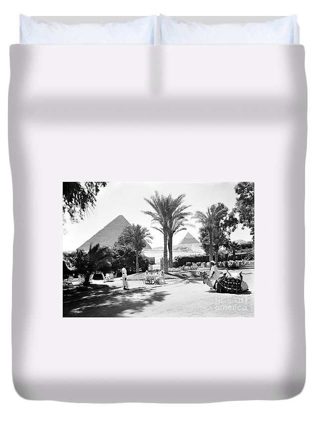 1935 Duvet Cover featuring the photograph Egypt: Cairo by Granger