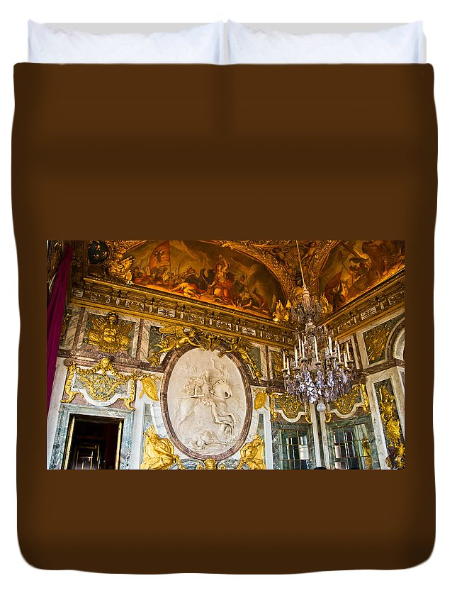 Palace Of Versailles Paris France Duvet Cover featuring the photograph Entryway To The Hall Of Mirrors by Jon Berghoff
