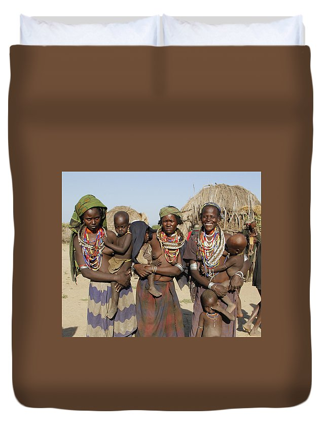 Ethiopia Duvet Cover featuring the painting Ethiopia-south Three Moms And Their Kiddos by Robert SORENSEN