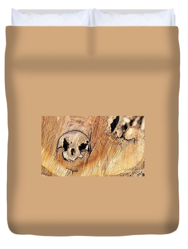 Face Duvet Cover featuring the photograph Face In The Wood by David Arment