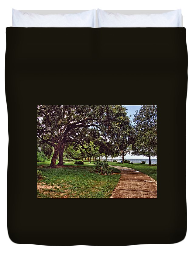 Alabama Photographer Duvet Cover featuring the digital art Fairhope Lower Park 2 by Michael Thomas