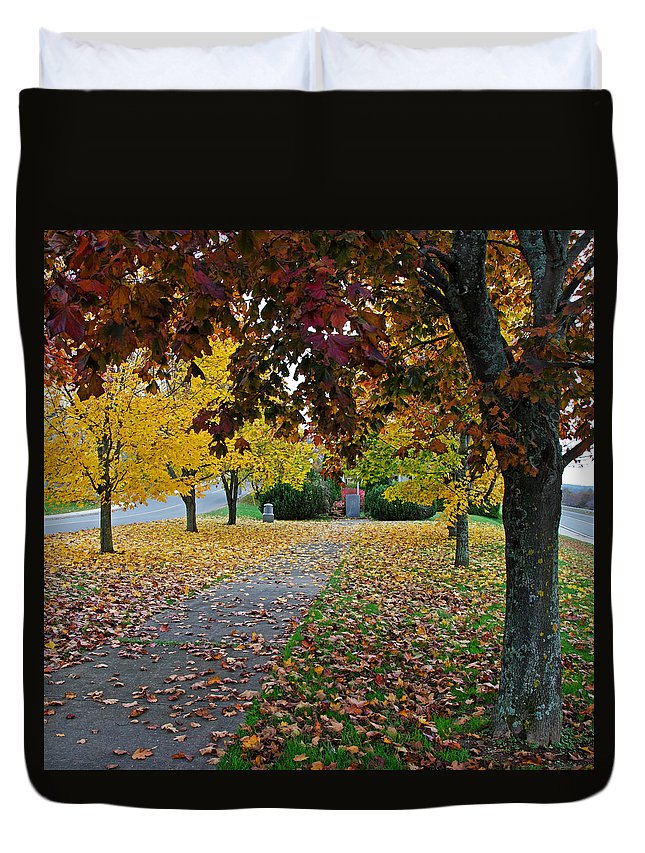 Fall Duvet Cover featuring the photograph Fall Park by Jeff Galbraith