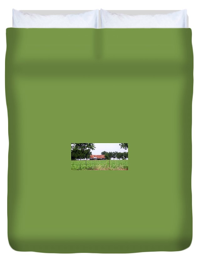 Country Duvet Cover featuring the photograph Feeding Barn by Amy Hosp