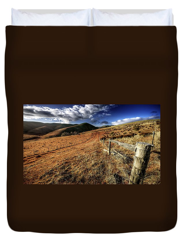 Landscape Duvet Cover featuring the photograph Fencelines by Wayne Sherriff