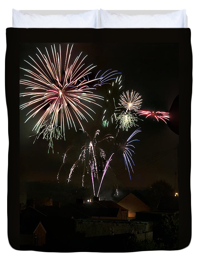 Fireworks Duvet Cover featuring the photograph Fireworks 5 by Steve Purnell