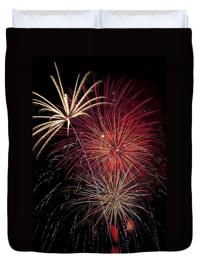 4th Of July Duvet Cover featuring the photograph Fireworks by Garry Gay