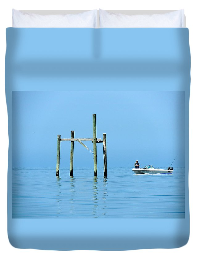 Bird Rack Duvet Cover featuring the photograph Fishing At The Bird Rack by Marilyn Holkham