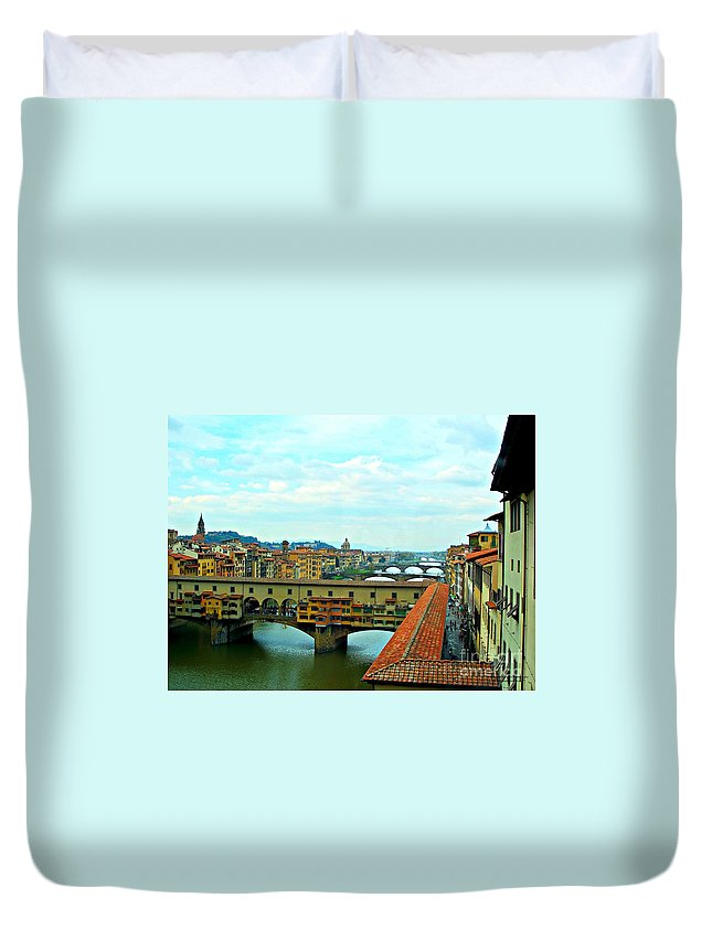 Florence Italy Duvet Cover featuring the photograph Florence Shopping Bridge by Tisha Clinkenbeard